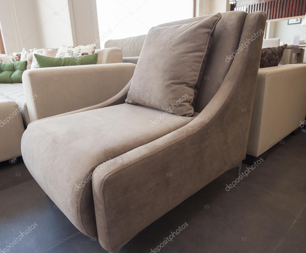 woonkamer stoel in lounge — Stockfoto © paulvinten #46136869
