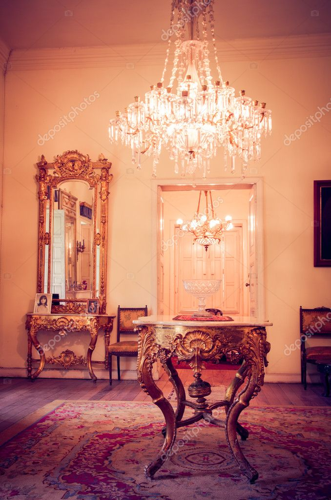 Luxus viktorianischen Stil Innenraum — Stockfoto © pxhidalgo #24993203