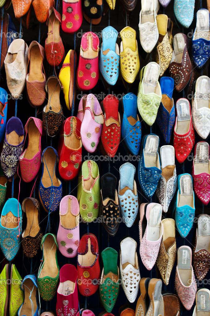 La Colores Un Mercado Foto Mujer De Marruecos Zapatos — En srCQxthd