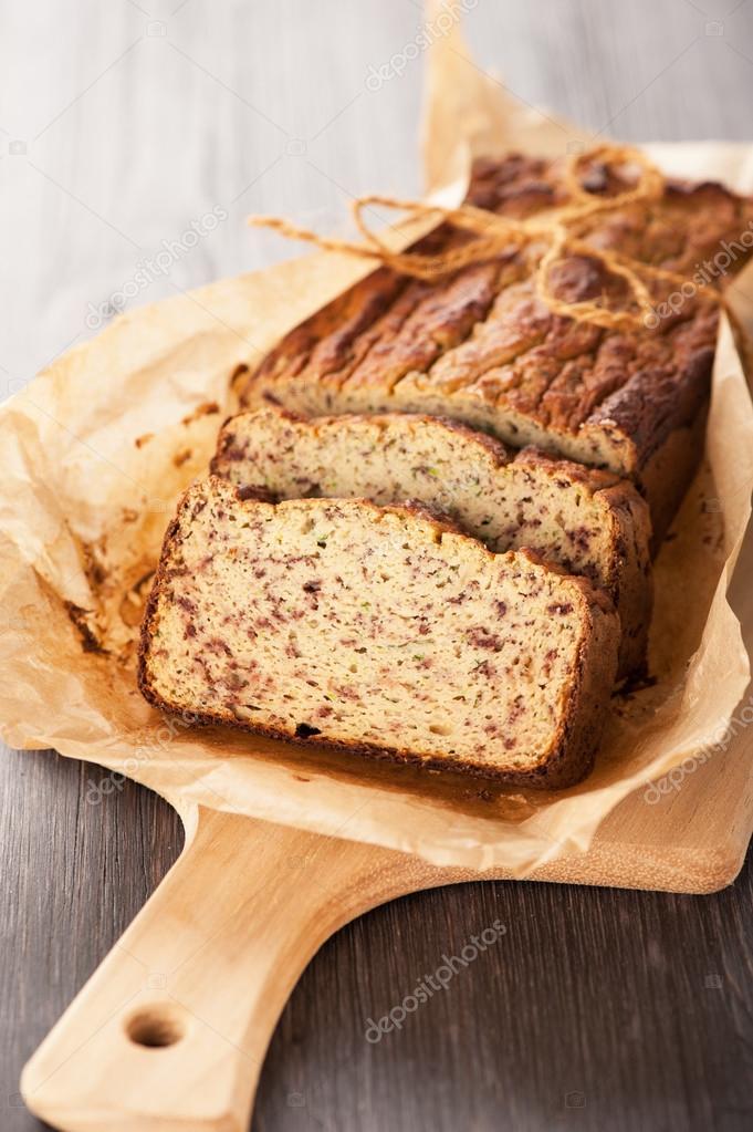 zelfgebakken taart zelfgebakken brood taart — Stockfoto © rozmarina #40363119 zelfgebakken taart