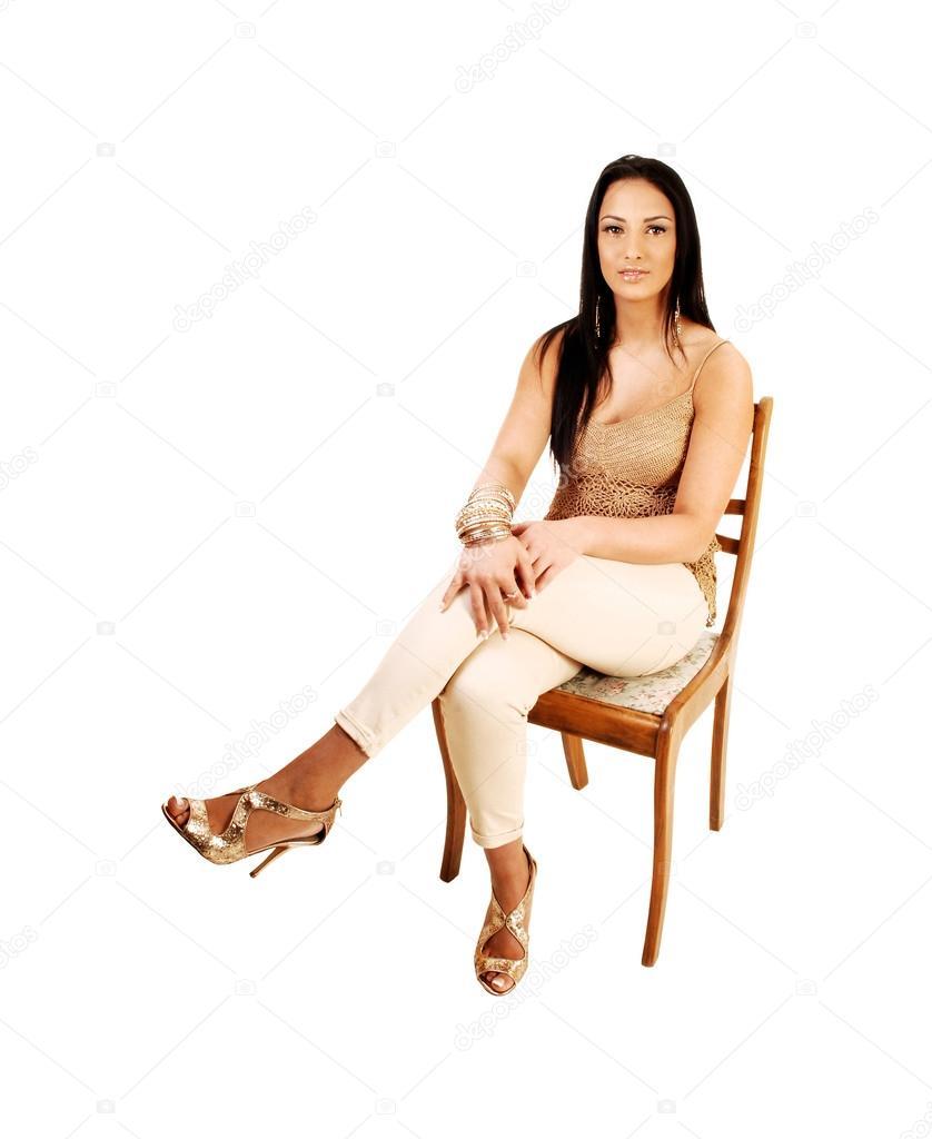 Акробатика на стуле видео поможет предупредить