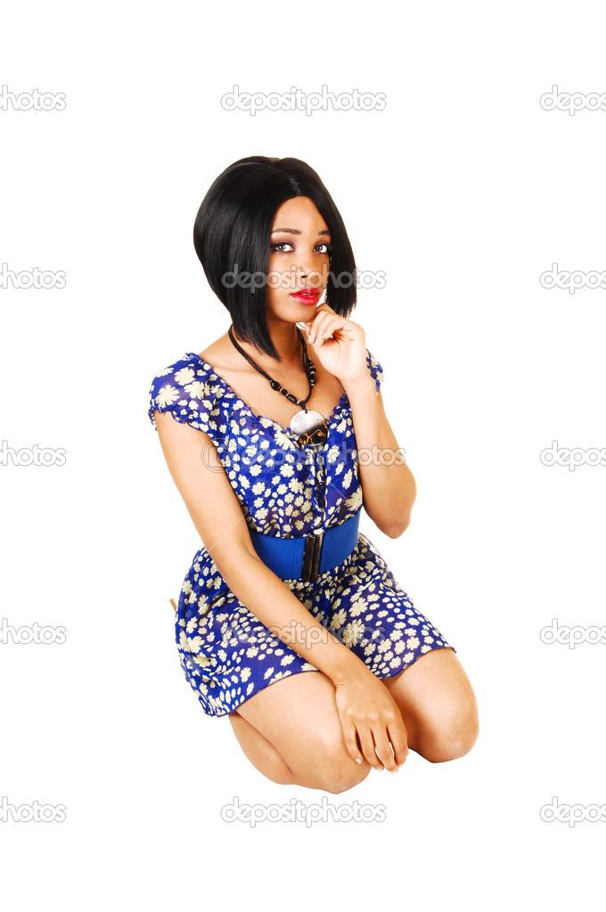 Chica Arrodillada Foto De Stock Sucher 28872323