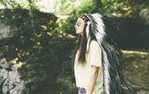 Fotografie junge Frau mit indischer Kopfbedeckung