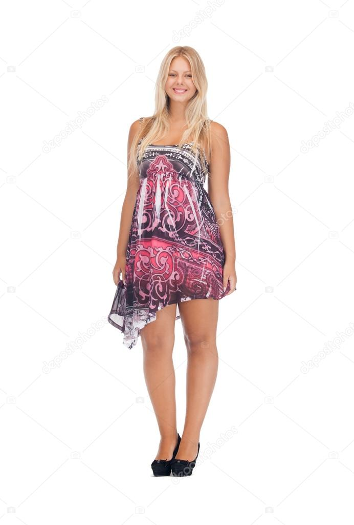 schöne Teenager-Mädchen in eleganten Kleid — Stockfoto ...