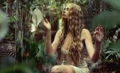 Fotografie mladí lesní víla mě ticho