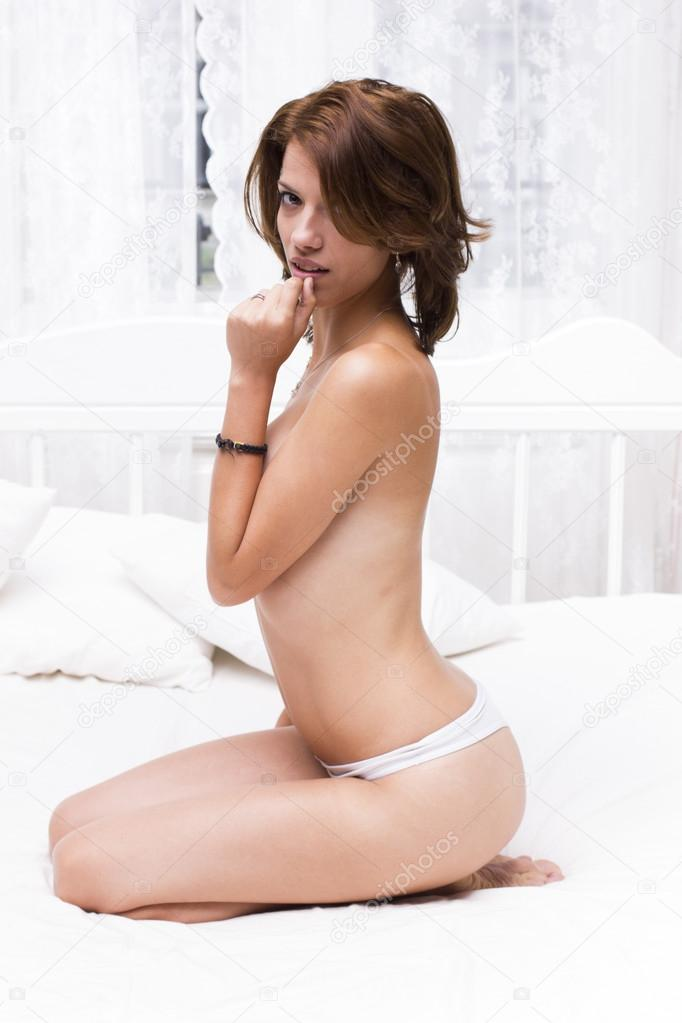 Topless women on knees, traci steele nude pics