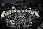 Innenseite des Flugzeugcockpits