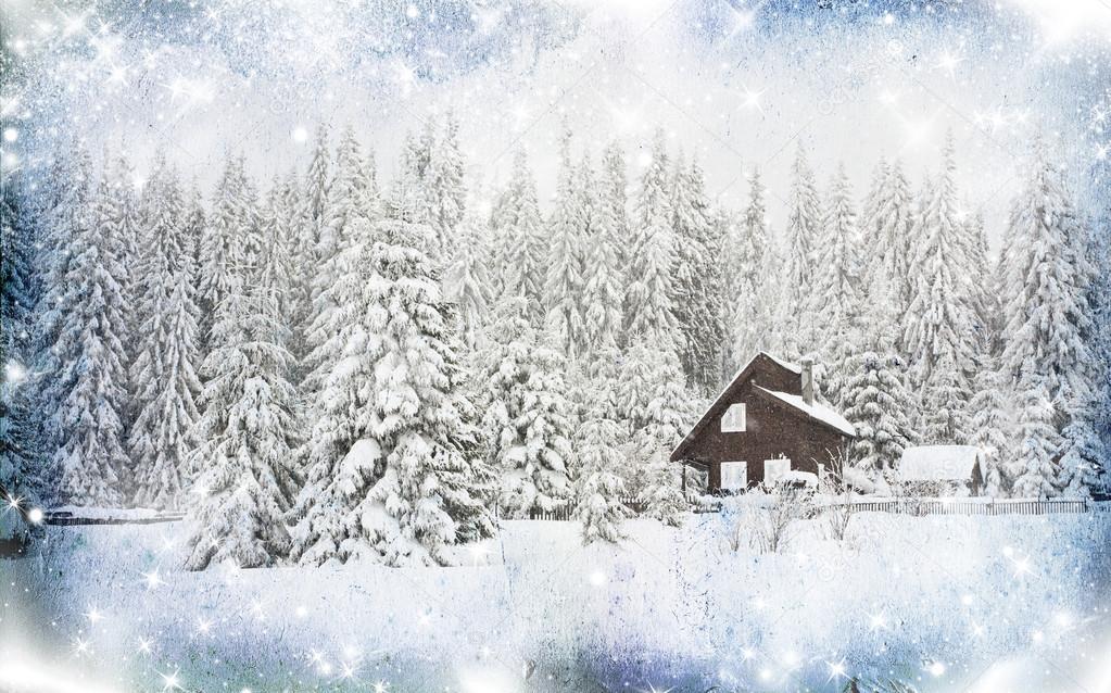 Sfondo di natale con neve casa sulla collina foto stock for Piani casa ranch in collina