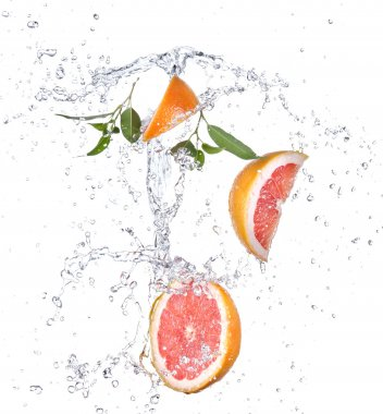 Grapefruit with water splash