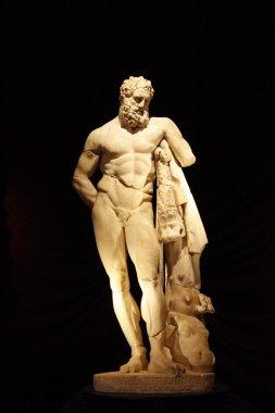 Herakles sculpture