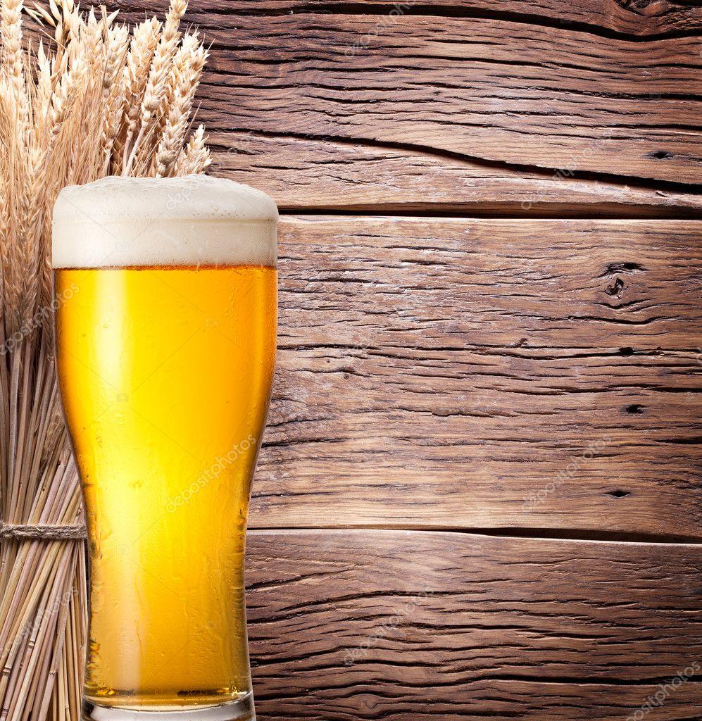 светлое пшеничное пиво на розлив