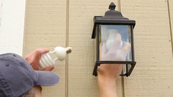 nahradit staré žárovky cfl