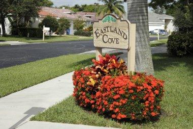 Eastland Cove Neighborhood Sign