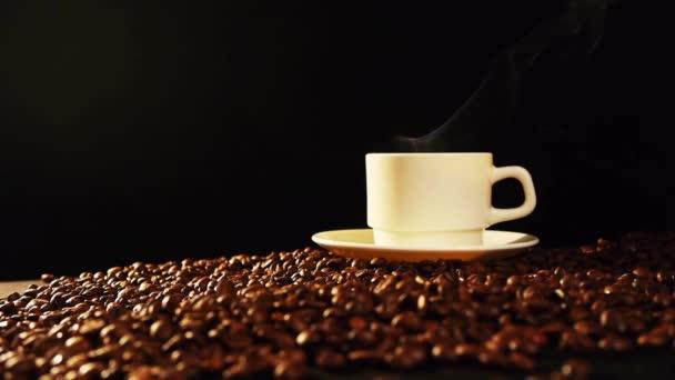 šálek kávy