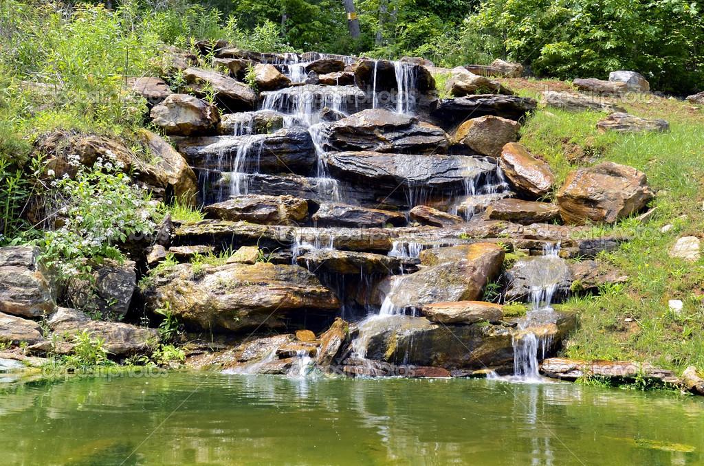 vattenfall till damm