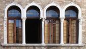 Benátská windows