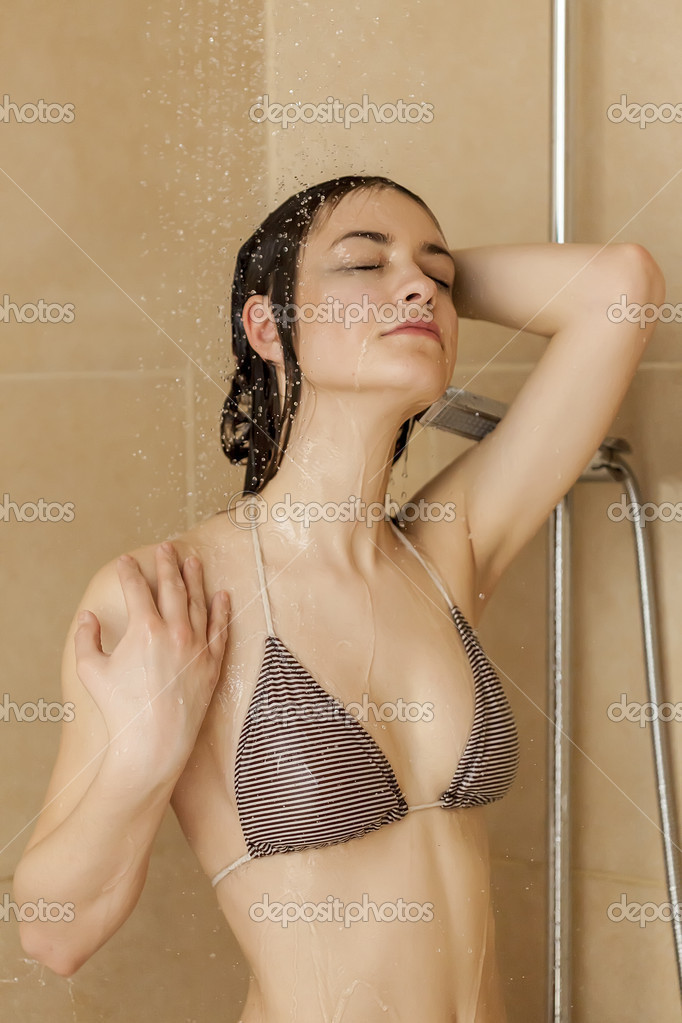 Sexiest lady model in the shower naked kissing, girl flashing fanny xxx