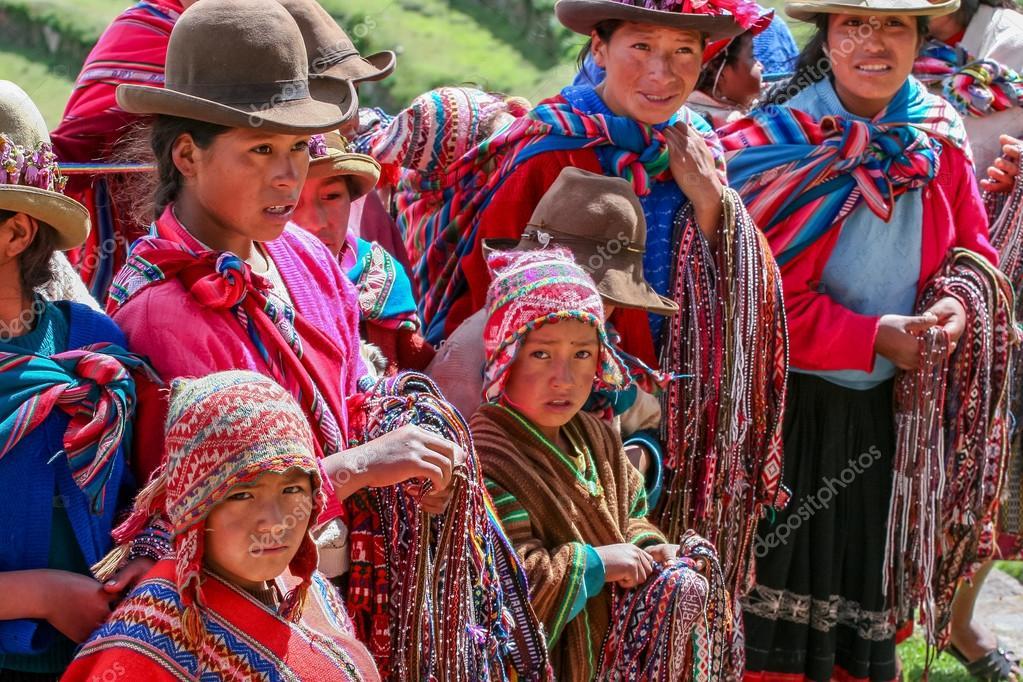 Peru - Page 7 Depositphotos_48960775-stock-photo-peruvian-people