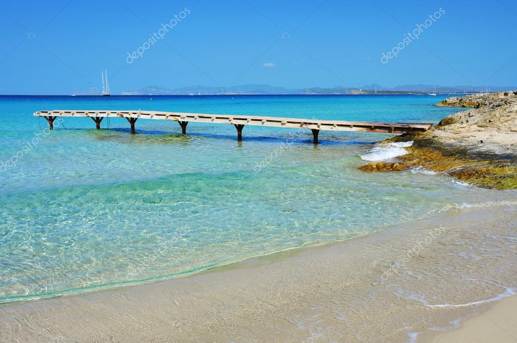 playa de ses illetes ilha formentera espanha