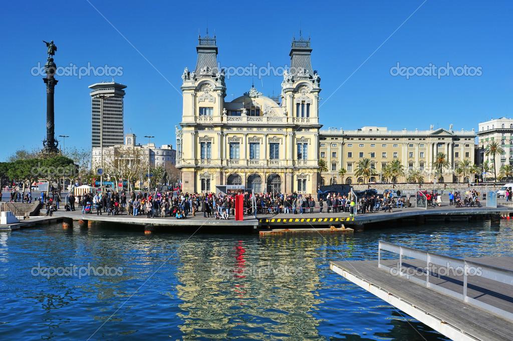 Rambla de mar e port vell di barcellona spagna foto for Spagna barcellona
