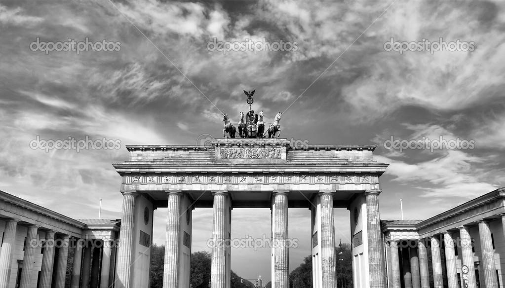 Porta di brandeburgo berlino foto stock - Porta di berlino ...