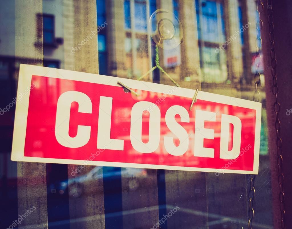 Retro look Closed sign