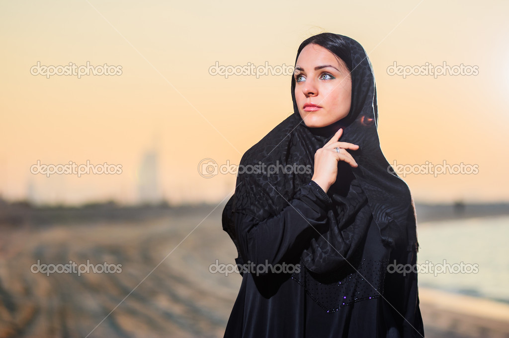 Middle eastern women posing images 487