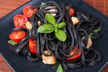 Black tagliolini pasta