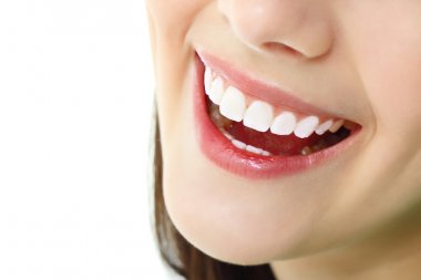 Perfect smile with healthy tooth