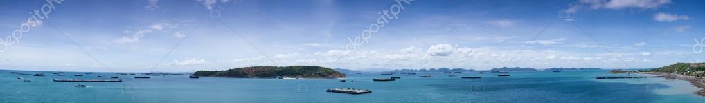 panorama cargo ship in sea.