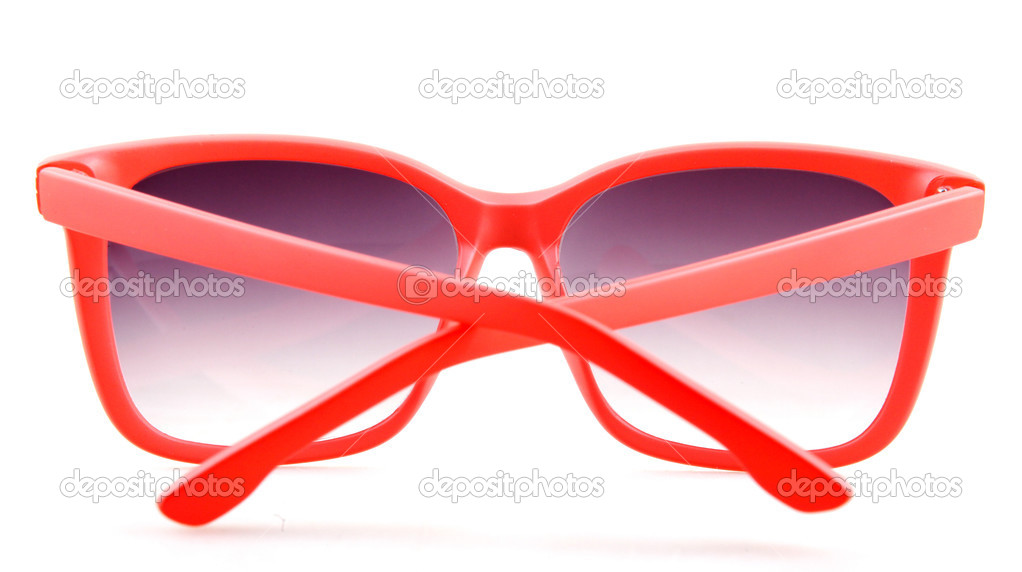 f386a3d57e κόκκινα γυαλιά ηλίου που απομονώνονται σε λευκό — Φωτογραφία Αρχείου ...