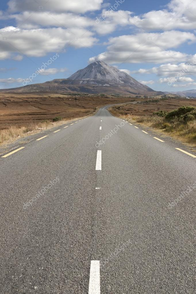 lined road to the Errigal mountains