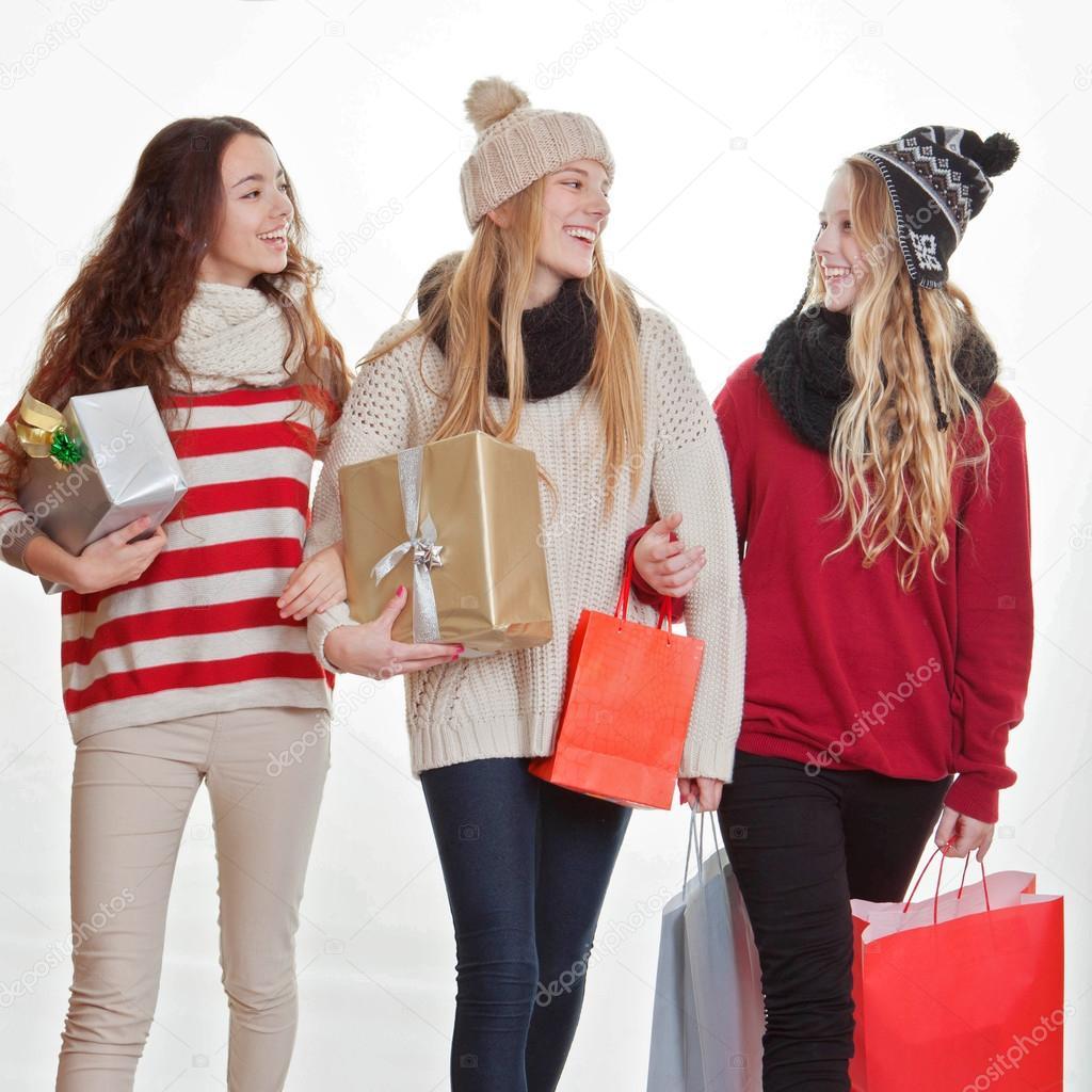 Teens einkaufen Weihnachtsgeschenke oder Geschenke — Stockfoto ...