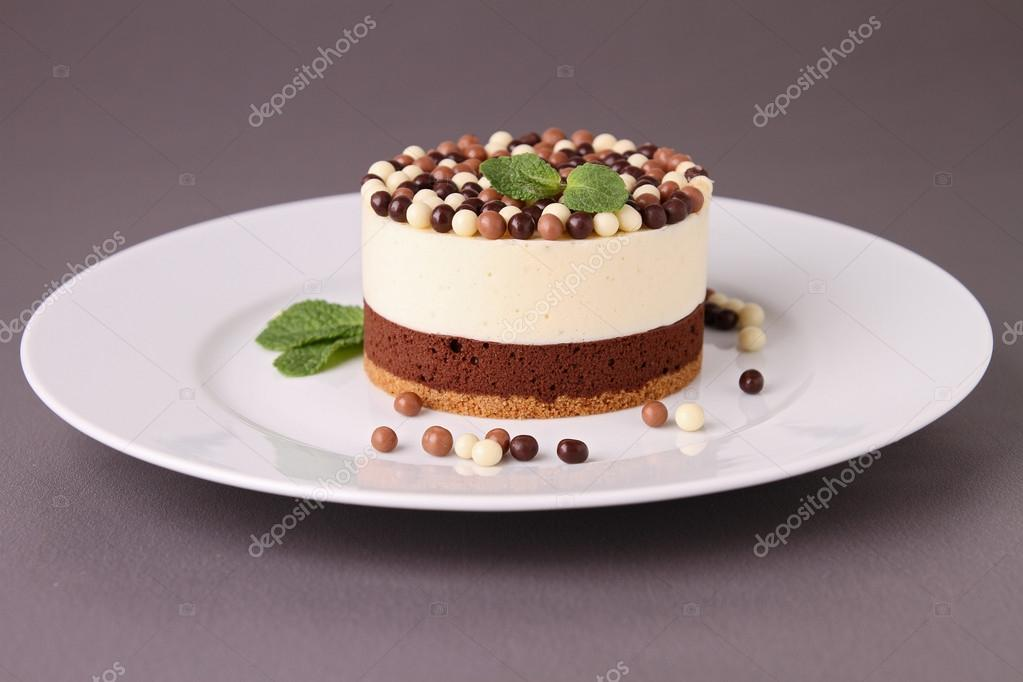 Chocolate Chip And Date Cake