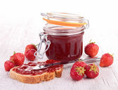 Photo Strawberry jam and bread