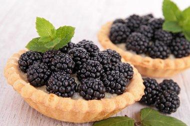 Blackberry pastrys