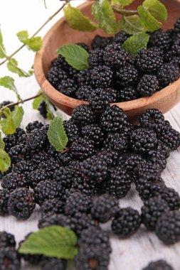 Close up on blackberries