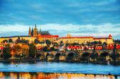 Přehled staré Prahy s Karlův most