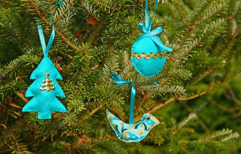 decoracin navidea artesanal azul u imagen de archivo