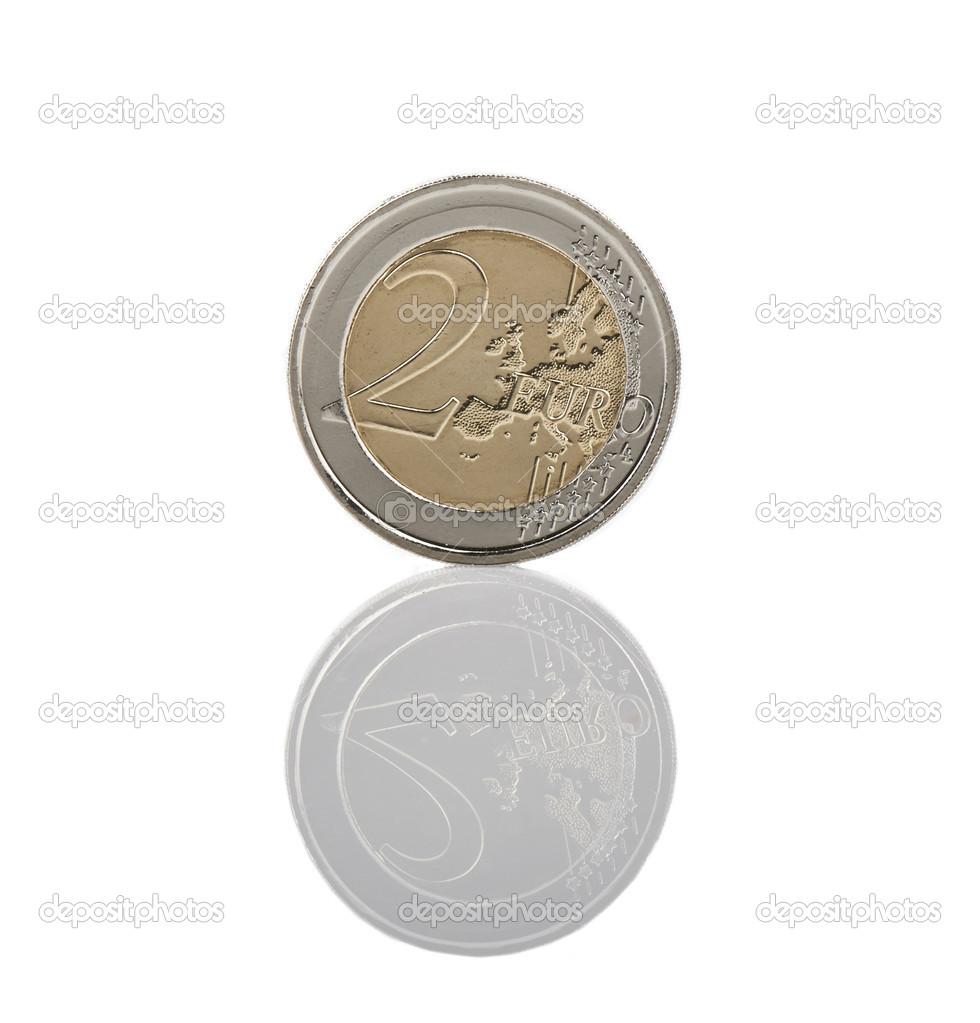 2 Euro Münze Reverse Mit Reflexion Isoliert Stockfoto 23043530