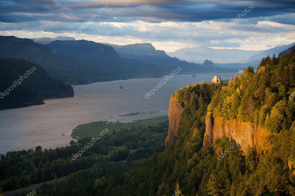 Oregon landscape - Crown Point Columbia river