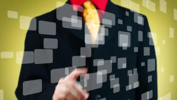 ručně stisknutím jednoho z mnoha virtuálních tlačítek, žluté pozadí