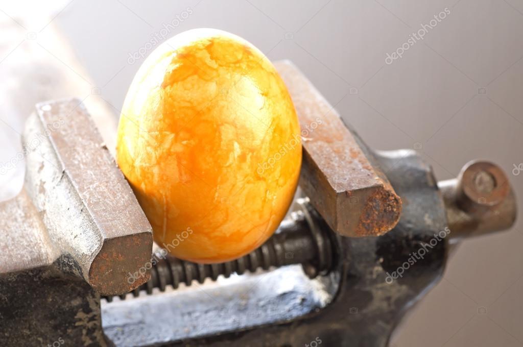 Яйца в тесках видео фото 210-429