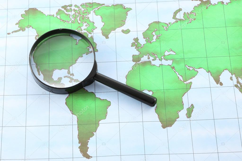 marco lupa negro sobre el papel del mapa de mundo — Fotos de Stock ...