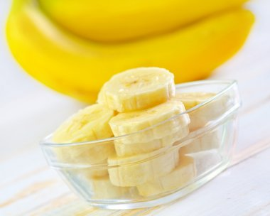 Sliced and whole bananas