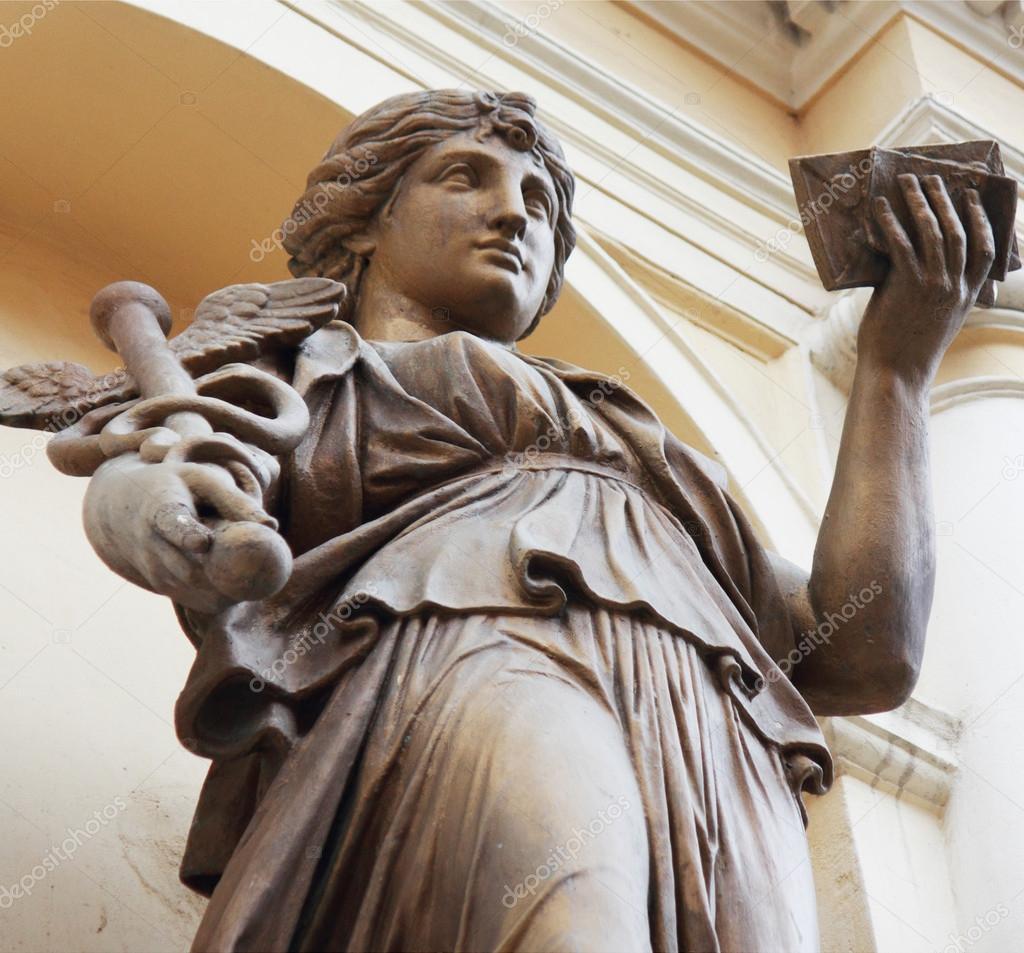 Бог здоровья древнегреческой мифологии