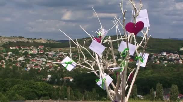 Fa szerelem egy dombon