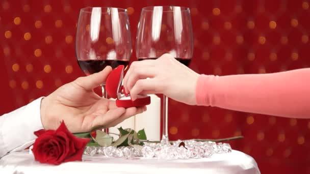 prsten jako dárek na Valentýna