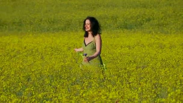 Frau auf dem Feld