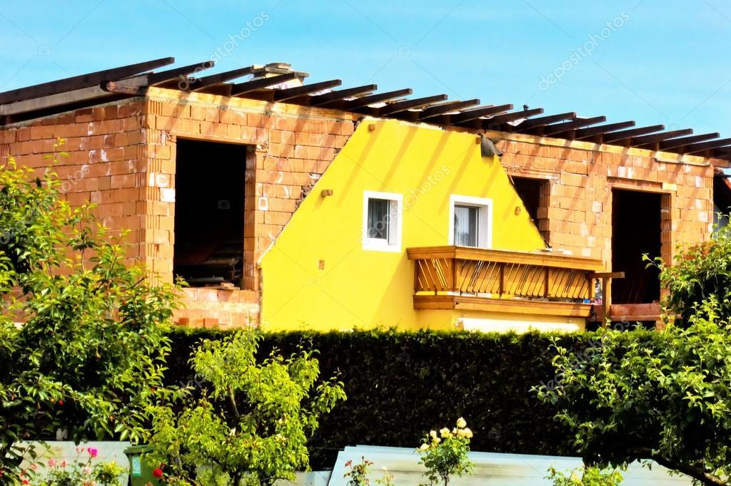 Oude huis renovatie u2014 stockfoto © ginasanders #14017439